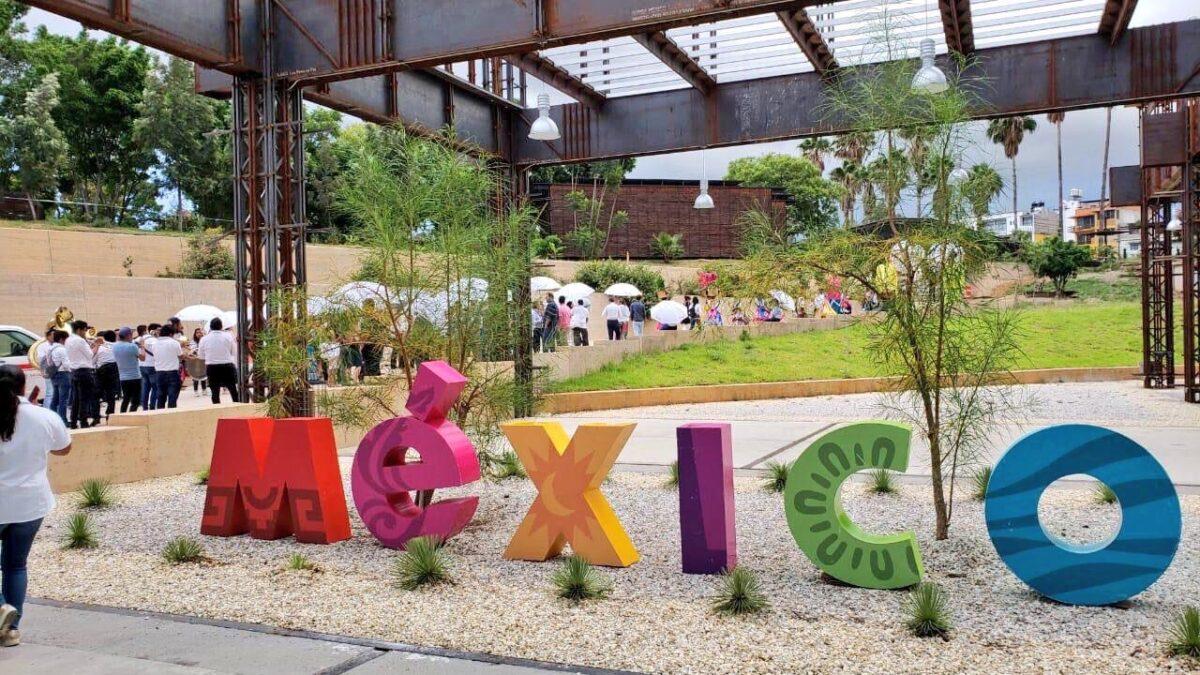 Fitch mejora perspectiva económica de México en 2021