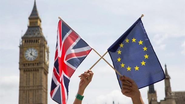 Reino Unido y Unión Europea van por acuerdo comercial