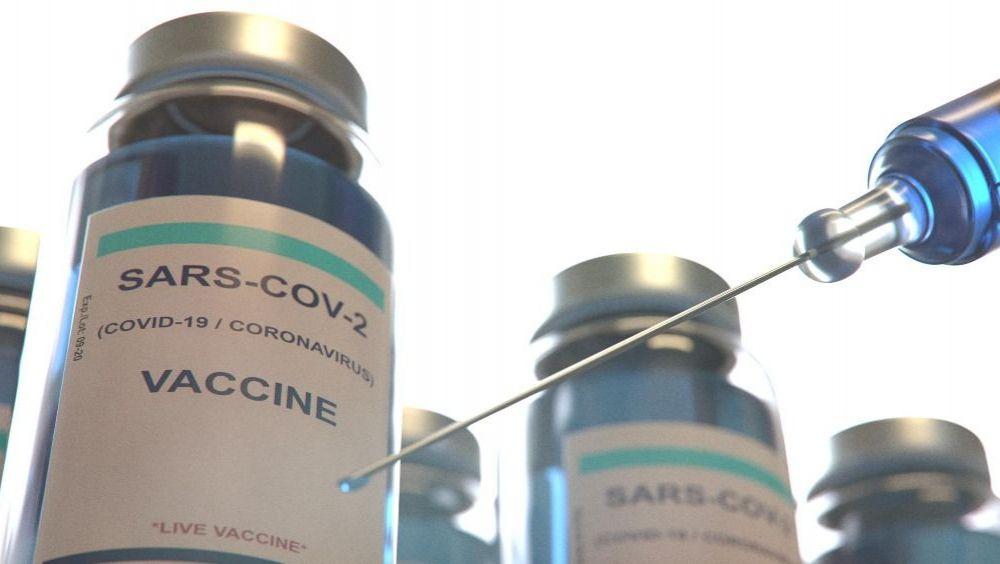 Vacuna de AstraZeneca llegará entre febrero y marzo