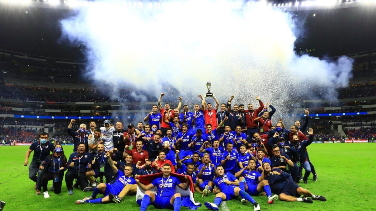 """Cruz Azul, campeón del futbol mexicano; """"Ya les tocaba"""": AMLO"""