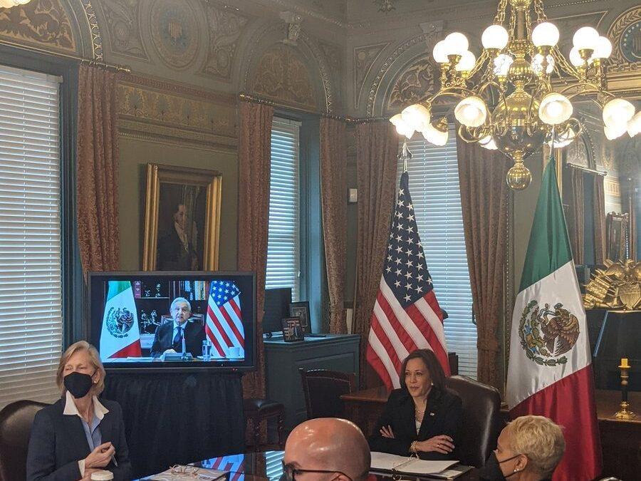 Kamala Harris se reúne con López Obrador por tema migratorio